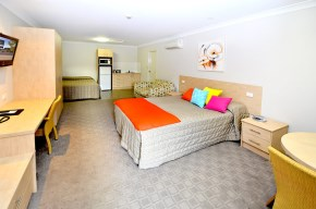 Gunnedah Accommodation - Mackellar Motel